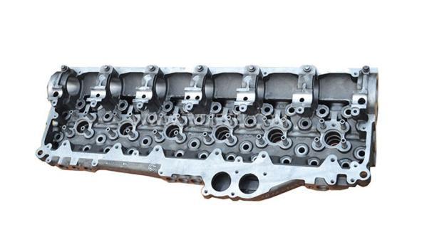 Detroit Cylinder head